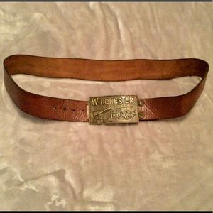 TRULY VINTAGE WINCHESTER BRASS BUCKLE BELT